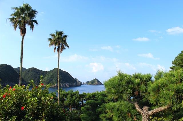 南さつま海道八景 双剣岩の風景(PIXTA)
