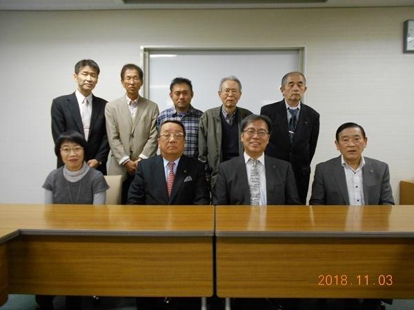 30,11,03%u3000読書友の会設立総会DSCN0778